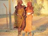 Due donne himba